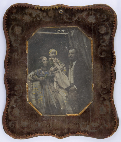 Family portrait - portrai of a woman, a child and a man