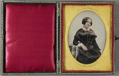 Zum Nachlass der Familie Avé Lattement sind weitere Daguerreotypie vorhanden. Vgl. 1951/4a bis /4l.
