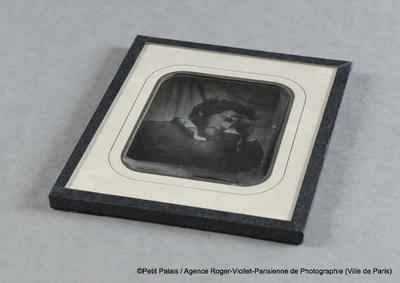 Léon Riesener en buste