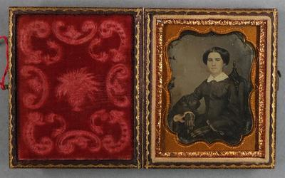 Etats-Unis. Daguerréotype, 1/9 de plaque,  4,5 x 3,9 cm.