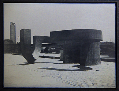 Monumento a la tolerancia Eduardo Chillida