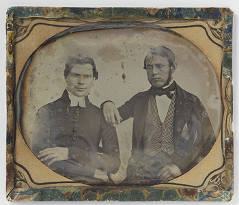 Portrait of two men, probably pastor Westerlund and apothecary Emil W.