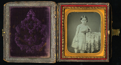 Daguerreotype protected by a book-like case
