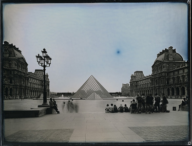 Louvre group 2