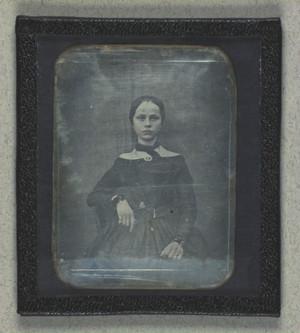 Portræt af uidentificeret kvinde