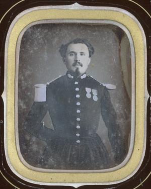 Image 9 x 7 cm; Cadre 15,2 x 13 cm; Fenêtre 10 x 8 cm