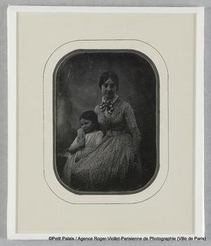 Madame Riesener et sa fille Thérèse