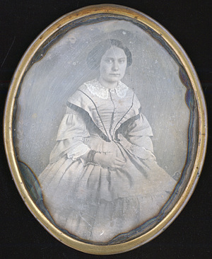 Image 9 x 7,2 cm; Cadre 10 x 8 cm