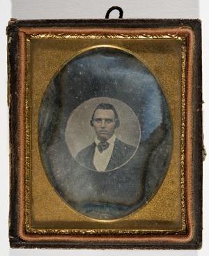 Portrett av ukjent mann.  Portrait of unknown man.