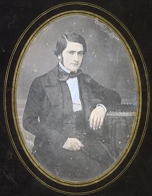 Image 13 x 9,5 cm; Papier 21,8 x 17 cm; Fenêtre 13 x 9,5 cm