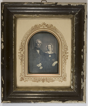 Typical of daguerreotypist C.F.Stelzner.