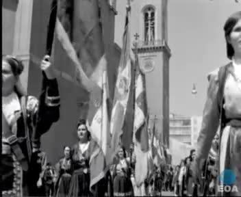 Κατάθεση στεφάνου από τον Πρόεδρο της Πανηπειρωτικής Ομοσπονδίας Ηνωμένων Πολιτειών Αμερικής και Καναδά Κ. Φιλίδη  στο μνημείο του Αγνώστου Στρατιώτη