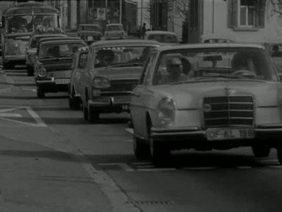 Wohin reiste der Schweizer 1971 in die Ferien