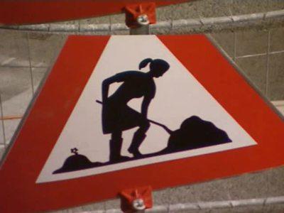 ZIB-3 / Wien: Weibliche Schilder
