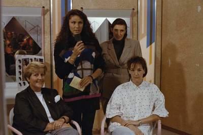 SERVICE SALON (10-10-1991)