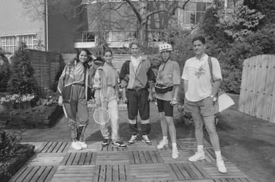 SERVICE SALON (15-4-1991)