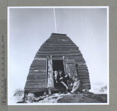 Hytten Udkikken oprettet af hvalfangere i 1700-tallet