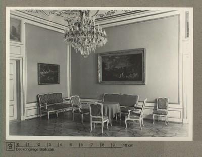 Moltkes Palæs salon