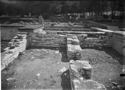 Varnhems klosterruin