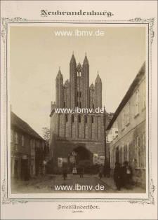 Neubrandenburg, Friedländer Tor (Innenseite)