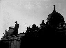 Kötéltáncos a Kossuth téren