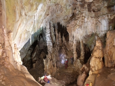 Meteor-barlang képek