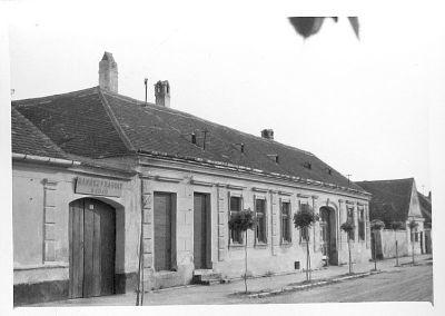 Fotó, Csepreg, Beer-ház