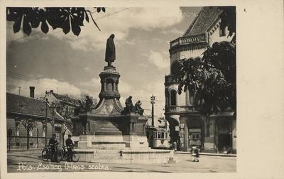 Zsolnay Vilmos szobra 1936-ban