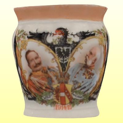 Egyfülű porcelán bögre