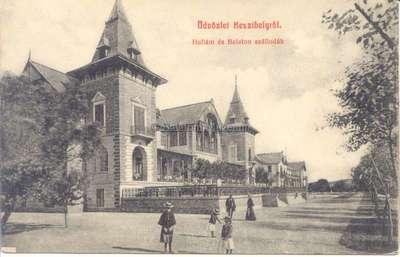 Üdvözlet Keszthelyről, Hullám és Balaton szállodák