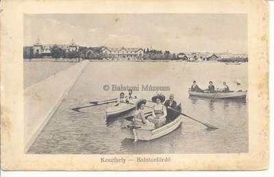 Szállodák, csónakázók