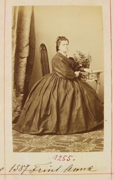Frint Anna