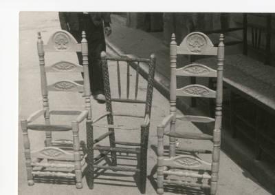 Estructures de cadires fetes per Jaume Marès i Fàbrega