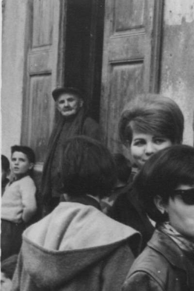 Josep Pubill Ribes, lo boter de La Pobla de Segur a la seva botiga.