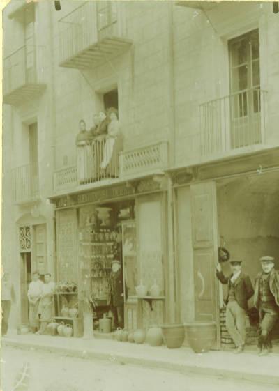 Taller i botiga de terrissaire de Bonaventura Ymbert de Figueres
