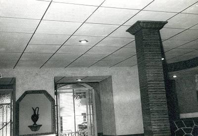 Interior del Bar Zodiac de Tremp.