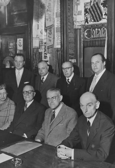 Retrat dels membres del Jurat de la III edició del Concurs Maria Canals