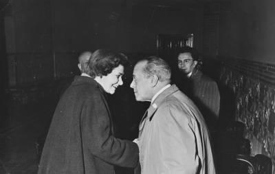 Maria Canals conversant amb José Cubiles al Palau de la Música Catalana