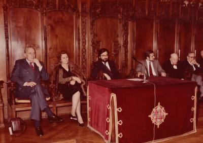 Acte de cloenda de la XXVIII edició del Concurs Maria Canals al Saló de Cent de l'Ajuntament de Barcelona
