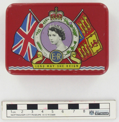 tin: A SOUVENIR TO CELEBRATE THE CORONATION OF HER MAJESTY QUEEN ELIZABETH II, 2ND JUNE 1953.