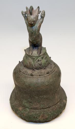 Tempelbel (met klepel) [Oost Javaanse periode]