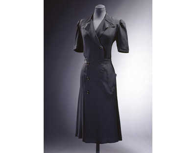 Black rayon with buttons, Utility, London, England, 1942. Rayon crepe, with buttons.