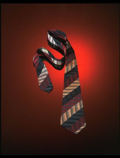 Tie, woven rayon, Bolders of Oxford Street, Great Britain, 1940s.