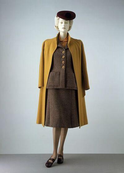F, 1942; English; Utility, Worth?; mustard milled wool; BT27.
