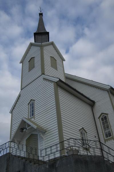 Dåpsfatet i Skodje kyrkje