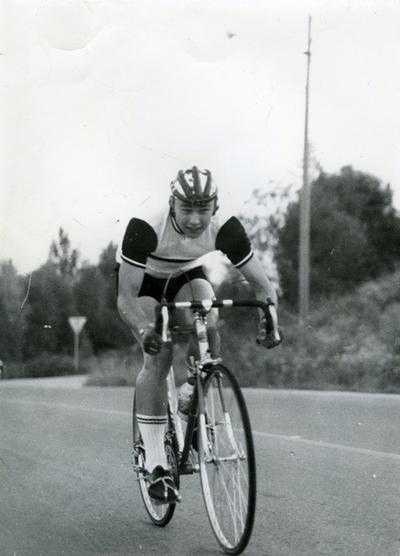 Syklist Willie Juul Pedersen på sykkel