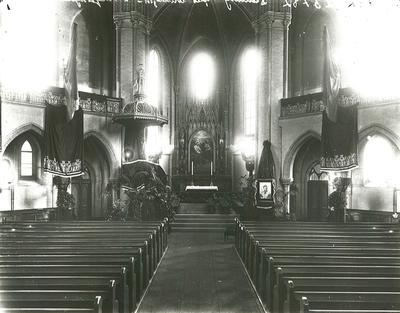 Trefoldighetskirken pyntet til minnefest over dronning Sophie.