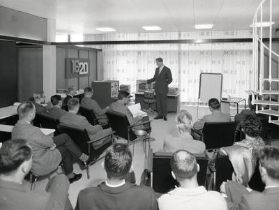 22.0 IBM modell 1620