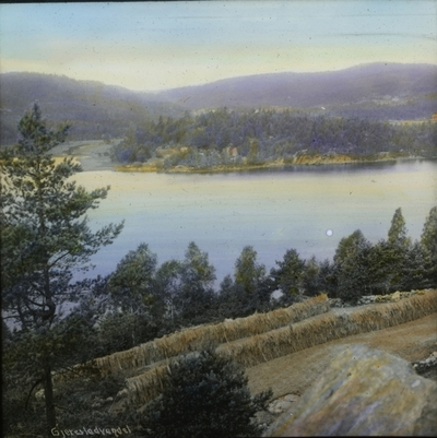 Langs Gjerstad vannet