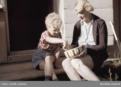 Kläder : Barnkläder Kläder : Damkläder Kvinna Pojke Årets högtider : Midsommar